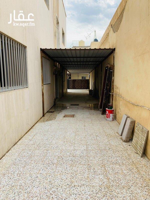 فيلا للإيجار فى شارع راشد بن أحمد الرومي, الدعية 61