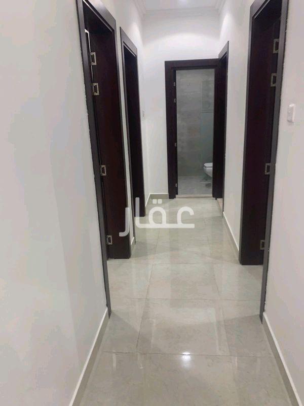 شقة للإيجار فى حي مبارك الكبير 4