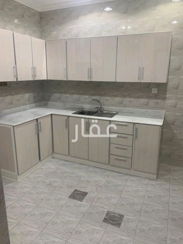 شقة للإيجار فى حي مبارك الكبير 81