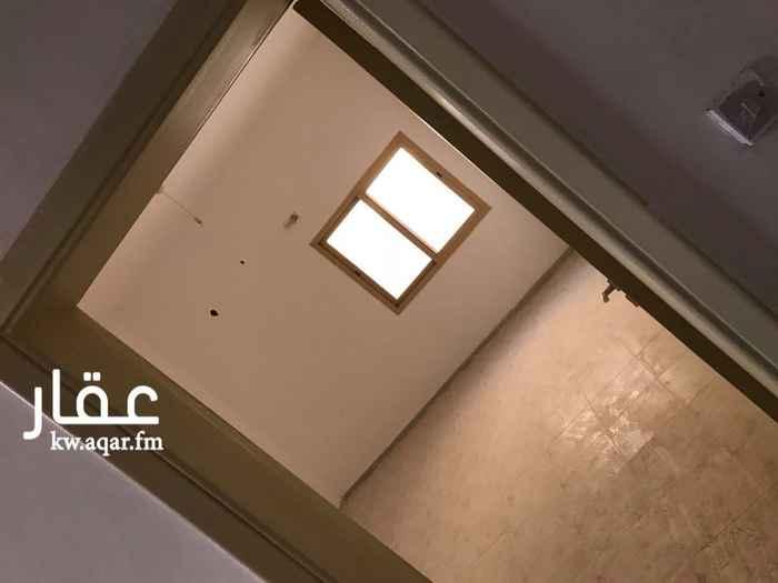 بيت للإيجار فى صباح الأحمد 6