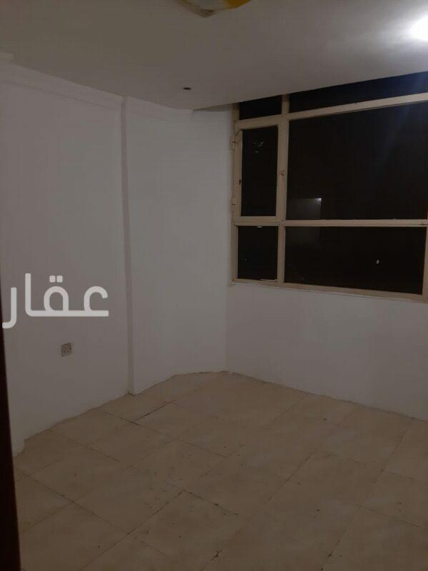 شقة للإيجار فى شارع 114 ، حي المهبولة 01