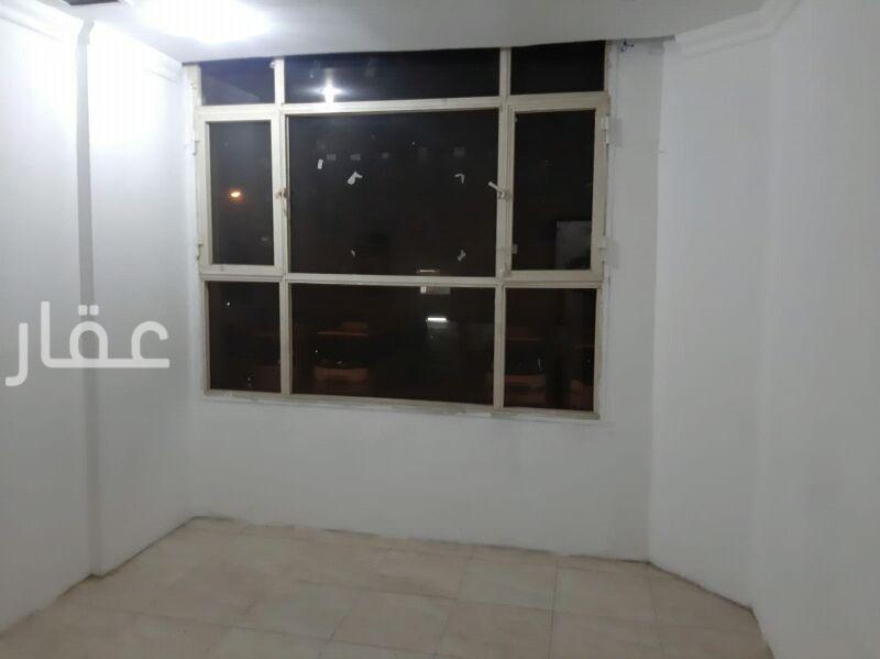 شقة للإيجار فى شارع 114 ، حي المهبولة 61