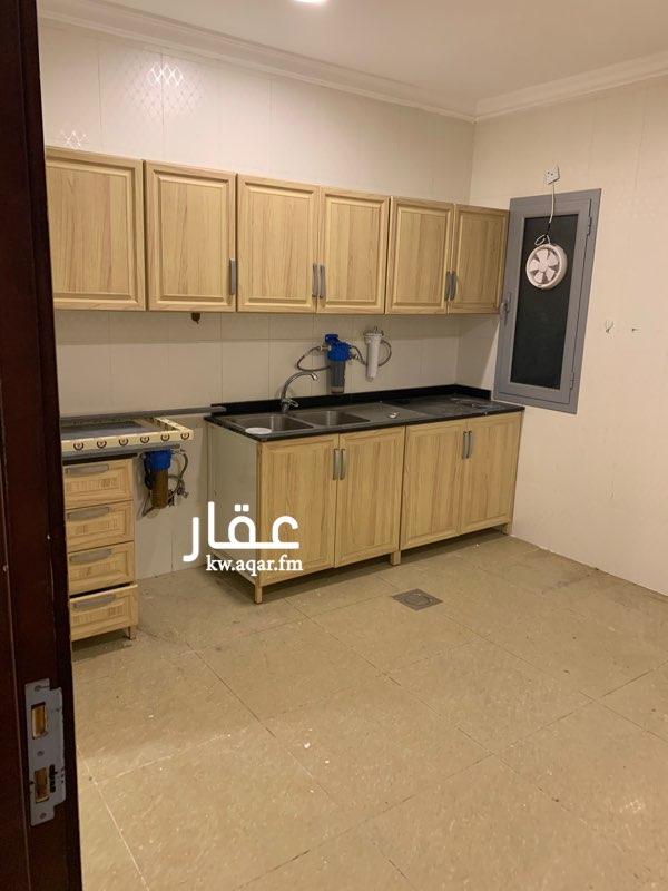 دور للإيجار فى شارع, ضاحية مبارك العبدالله 2