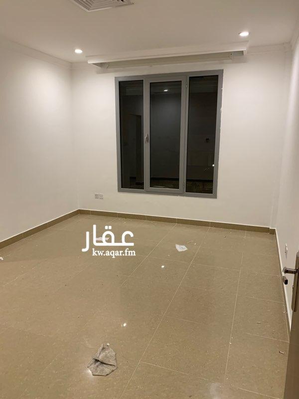 دور للإيجار فى شارع, ضاحية مبارك العبدالله 4