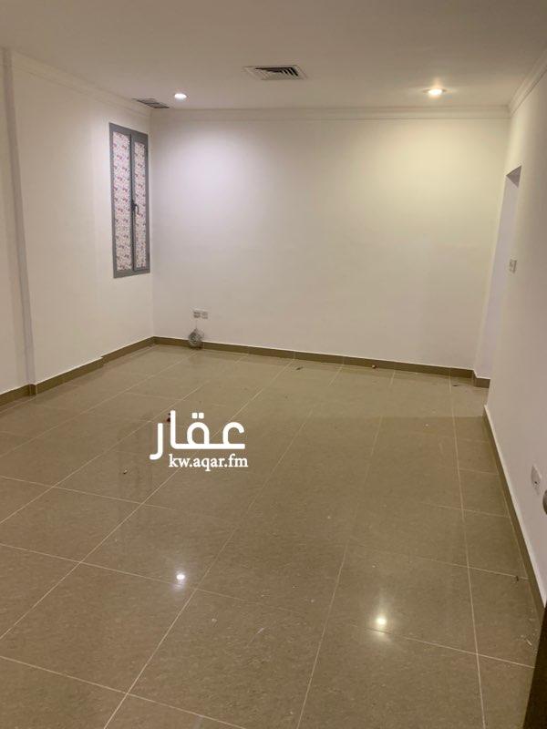 دور للإيجار فى شارع, ضاحية مبارك العبدالله 6