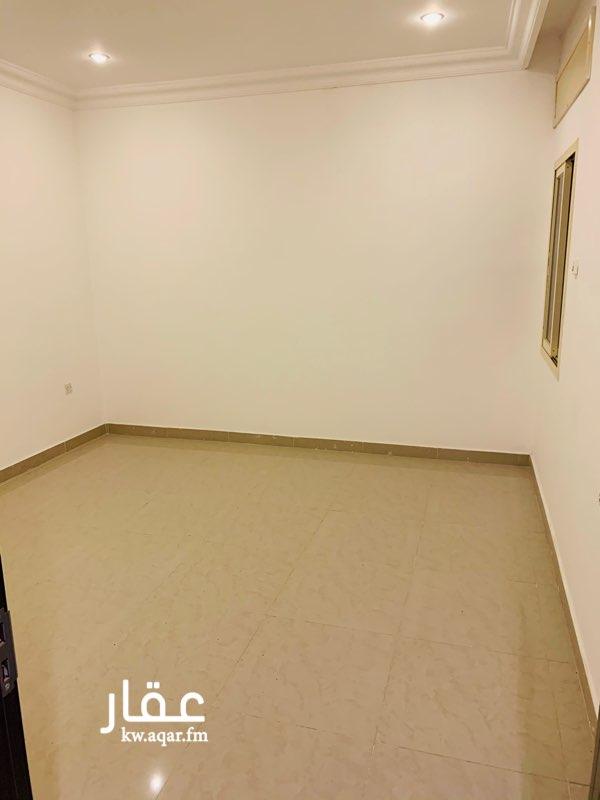 شقة للإيجار فى شارع, ضاحية مبارك العبدالله 6