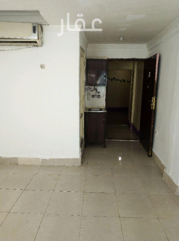 شقة للإيجار فى شارع 304 ، حي المهبولة 0