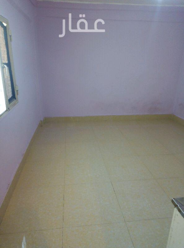 شقة للإيجار فى شارع 304 ، حي المهبولة 01