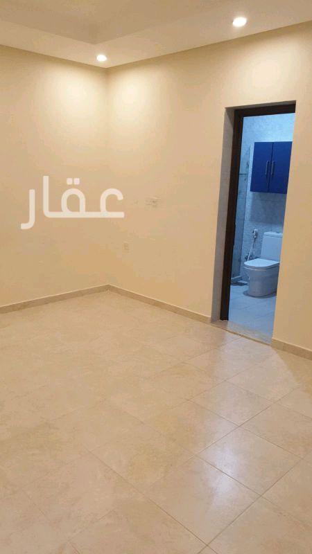 شقة للإيجار فى حي معسكرات المباركية 4