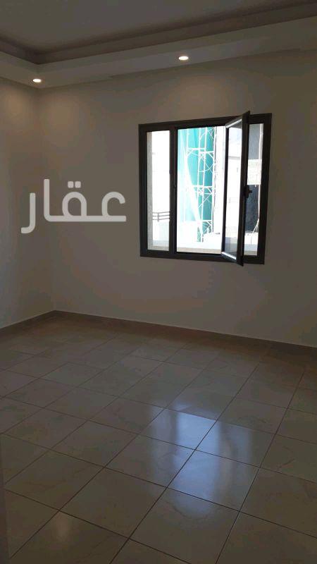 شقة للإيجار فى حي معسكرات المباركية 81