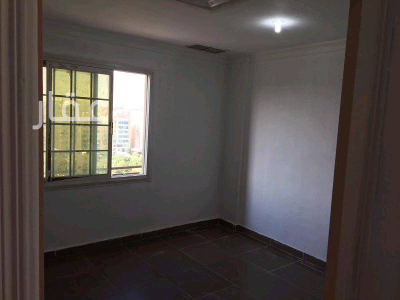 شقة للإيجار فى حي معسكرات المباركية 14