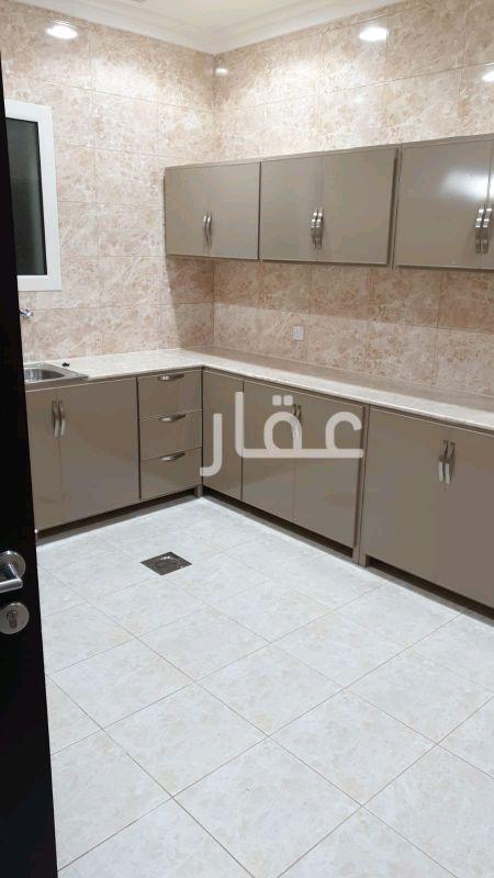 شقة للإيجار فى شارع فهد هملان الهملان ، المنقف 0