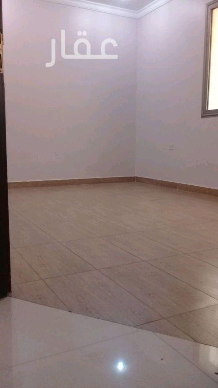 شقة للإيجار فى شارع 323 ، فهد الأحمد 0