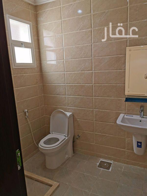 شقة للإيجار فى شارع 30 ، حي الري 21