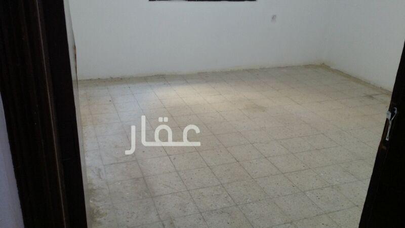 شقة للإيجار فى شارع حبيب مناور ، الفروانية 0