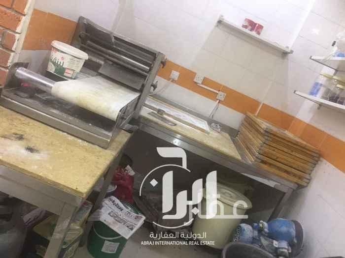 محل للبيع فى شارع قطر ، السالمية 21