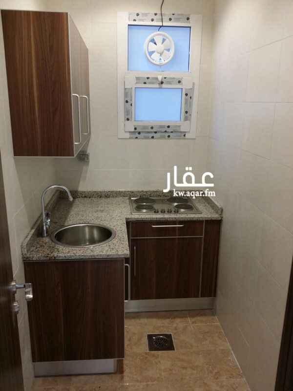 شقة للإيجار فى شارع حمد المبارك, السالمية 0