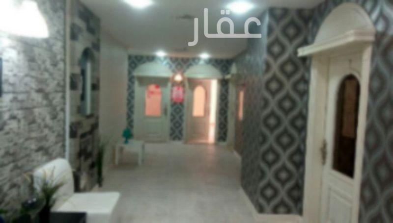 محل للإيجار فى شارع عبدالله المبارك ØŒ حي قبلة ØŒ مدينة الكويت 2