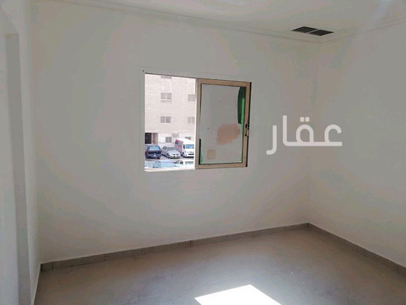شقة للإيجار فى مركز مغاتير ، شارع حبيب مناور ، الفروانية 2