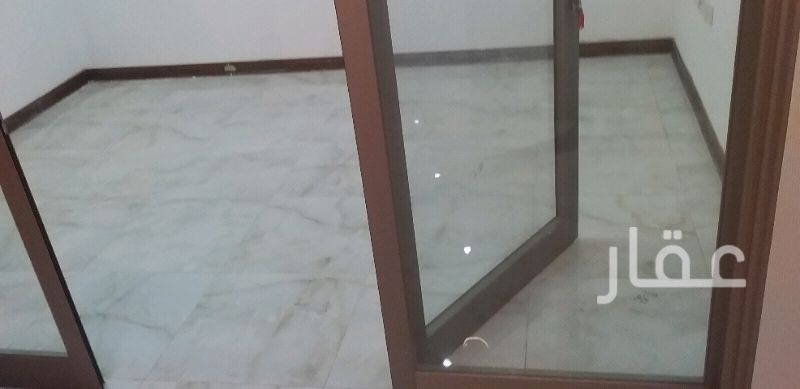 محل للبيع فى مواقف سيارات مستشفى دار الشفاء ، مدينة الكويت 01