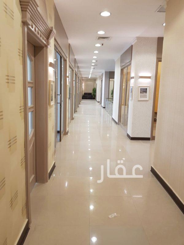بيت للإيجار فى برج التجارية ، حي المرقاب ، مدينة الكويت 0