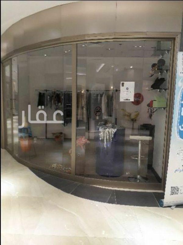 محل للإيجار فى برج ستار ، 6A ، شارع عبدالله المبارك ، حي المرقاب ، مدينة الكويت 0