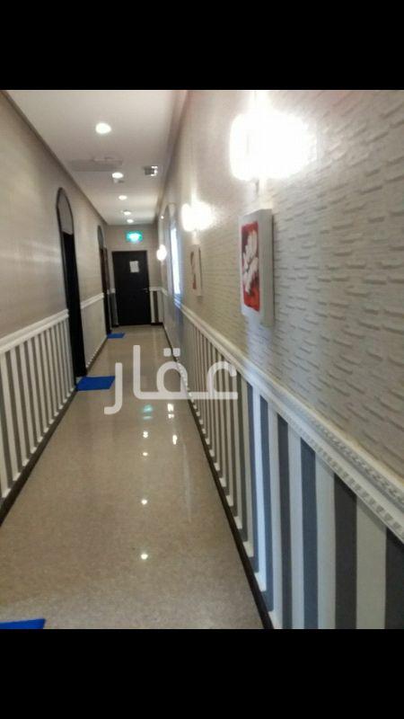 دور للإيجار فى برج ستار ، 6A ، شارع عبدالله المبارك ، حي المرقاب ، مدينة الكويت 0
