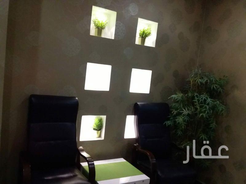محل للإيجار فى شارع سالم المبارك ، السالمية 21