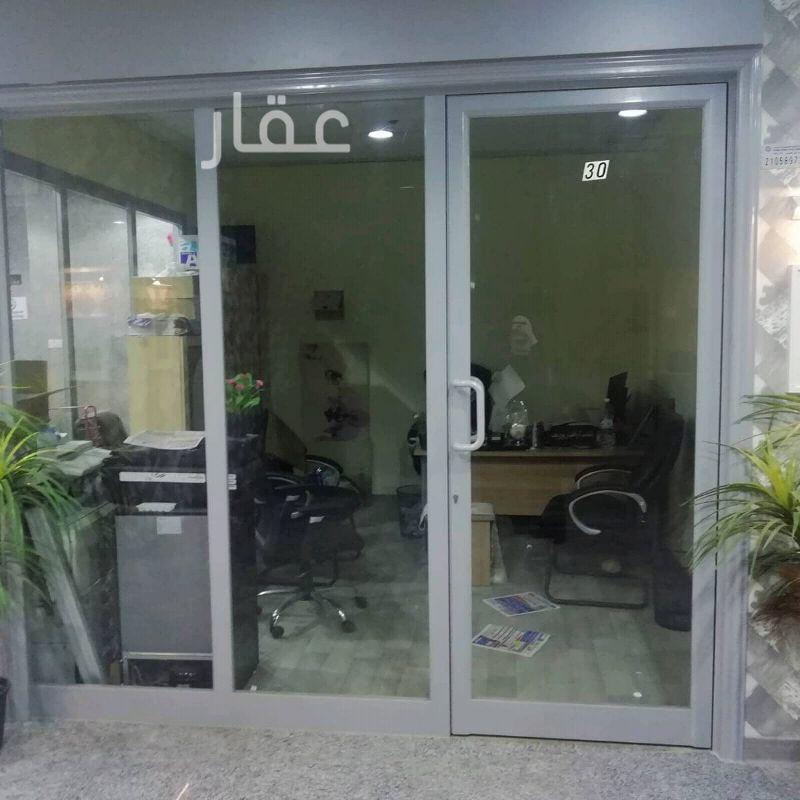 محل للإيجار فى حي المرقاب ، مدينة الكويت 2