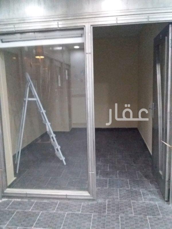 محل للإيجار فى مدينة الكويت ، حي المرقاب 121