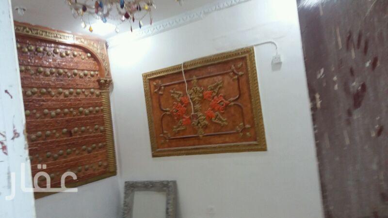بيت للإيجار فى الشارع 10 10