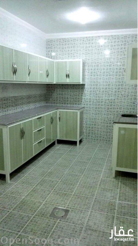 شقة للإيجار فى شارع سالم غانم الحريص, مدينة الكويت 0