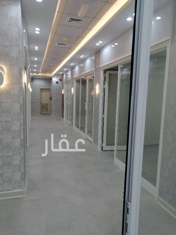 محل للإيجار فى ATIS Stop 0001 Salmiya Block 2 ، السالمية 81
