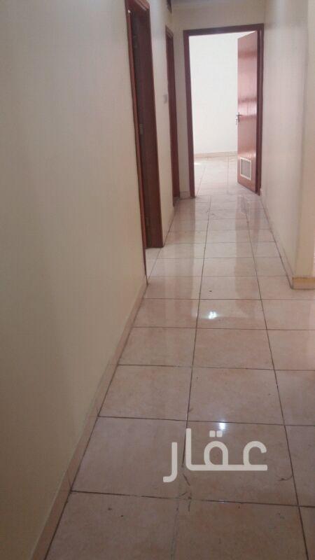 شقة للإيجار فى شارع شرحبيل بن حسنة ، حولي 2