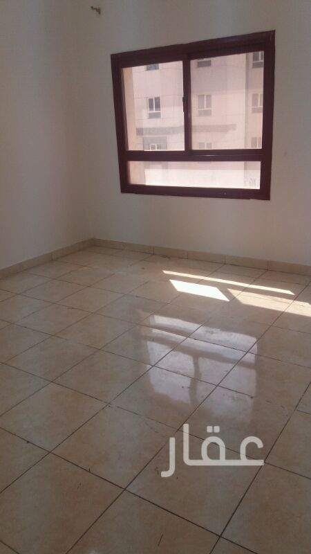 شقة للإيجار فى شارع شرحبيل بن حسنة ، حولي 21