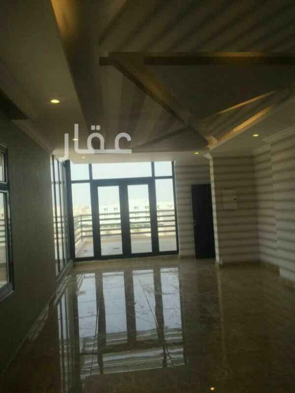 شقة للإيجار فى برج التجارية ØŒ حي المرقاب ØŒ مدينة الكويت 0