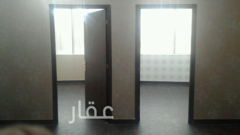 محل للإيجار فى شارع عبدالله المبارك ، مدينة الكويت 0
