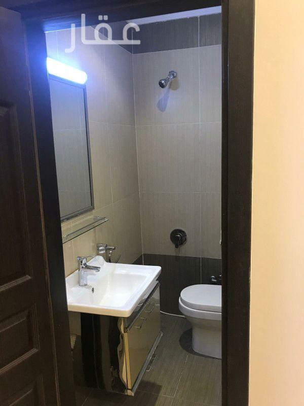 شقة للإيجار فى حي غرناطة 4