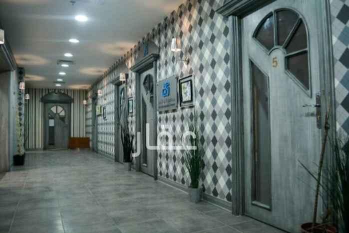 محل للإيجار فى أبراج المهنا 4ب ، شارع سالم المبارك جادة 3 ، السالمية 01