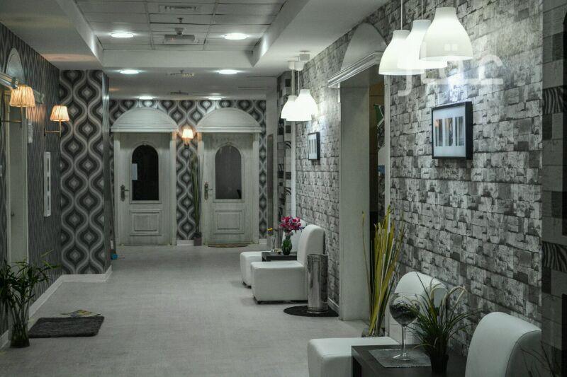 محل للإيجار فى شارع عبدالرحمن يوسف الرومي ، حي دسمان ، مدينة الكويت 0