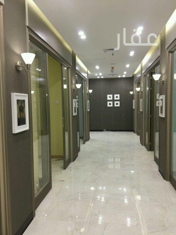 محل للإيجار فى شارع عبدالرحمن يوسف الرومي ، حي دسمان ، مدينة الكويت 01