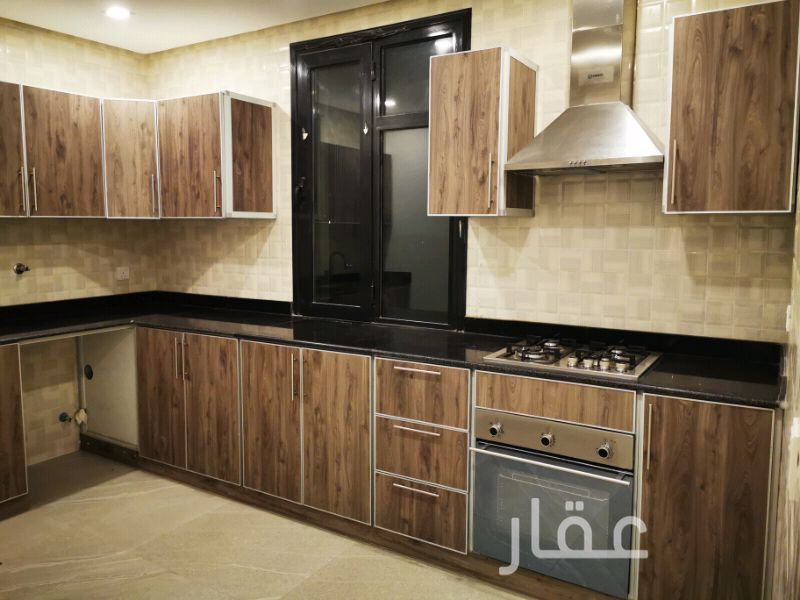 شقة للإيجار فى شارع احمد صالح السبيعي ، حي الروضة 01
