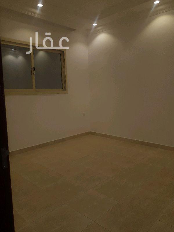 شقة للإيجار فى شارع 428 ، حي إشبيلية 101