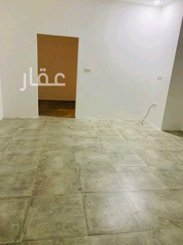 شقة للإيجار فى حي اليرموك 4