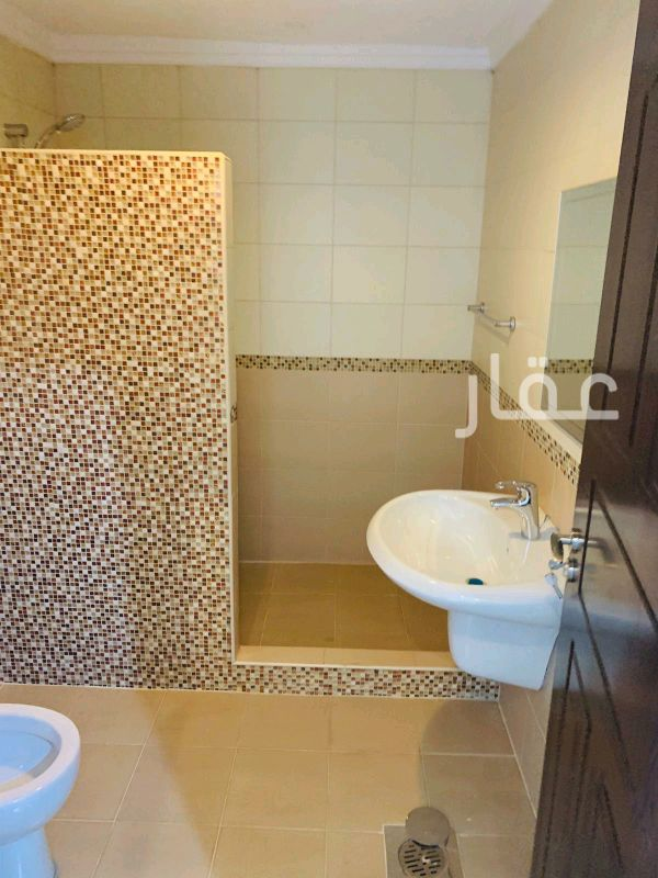 شقة للإيجار فى شارع 1 ، ضاحية مبارك العبدالله 6