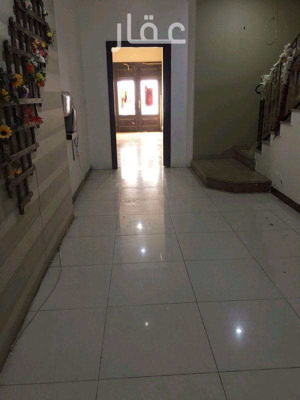 شقة للإيجار فى شارع 514 ، حي الشهداء 12