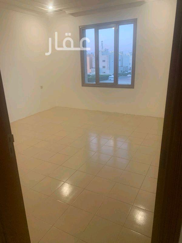 شقة للإيجار فى شارع 204 ، حي الشهداء 4