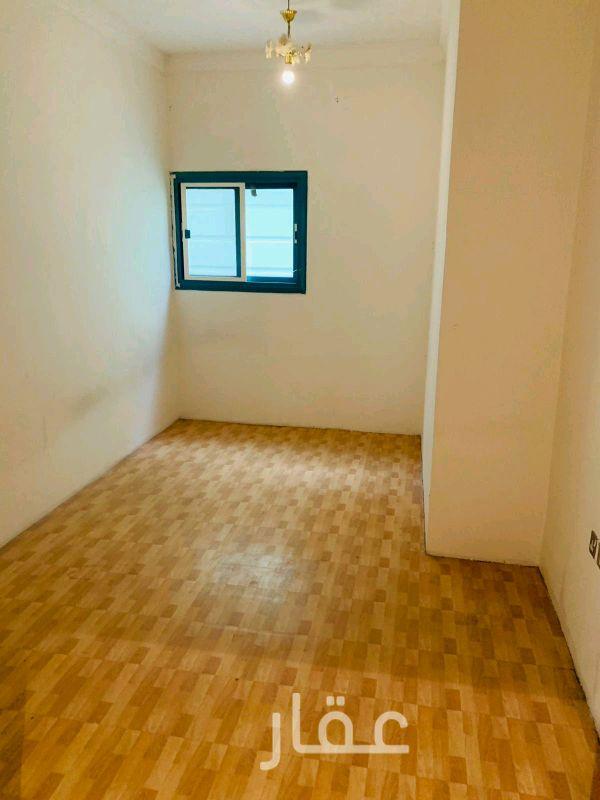شقة للإيجار فى شارع 301 ، حي السلام 81