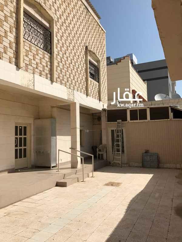 فيلا للبيع فى شارع حسان بن ثابت, مدينة الكويت 0
