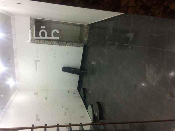 محل للبيع فى شارع عبدالله الفرج ، السالمية 2